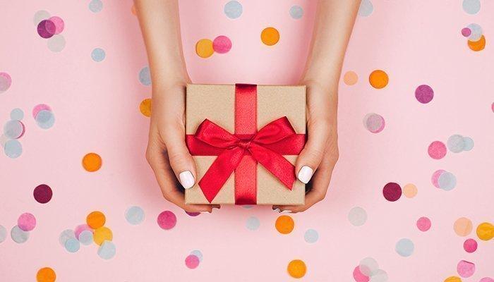 Купить подарки для женщин оптом